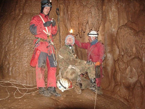 шахта Пастушья. где-то на глубине 200 метров