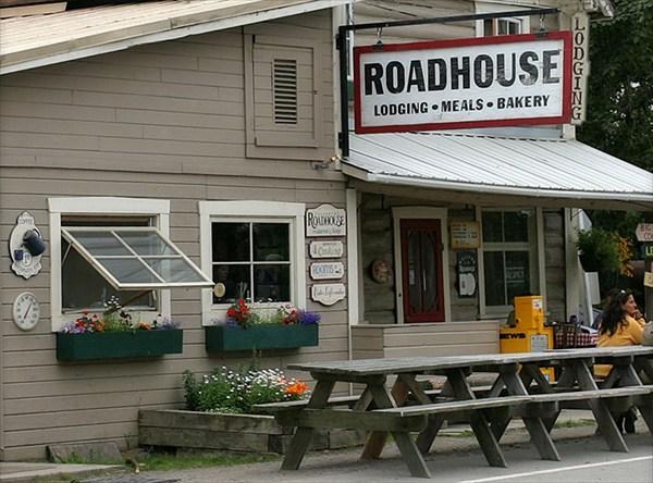 "Лучшее в городе кафе ""Talkeetna roadhouse"""