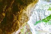 Гегский водопад, грот