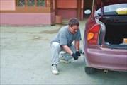 Замена пробитого колеса