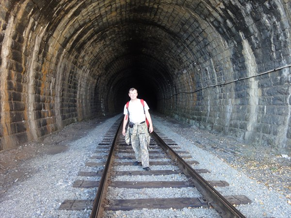 В тоннеле