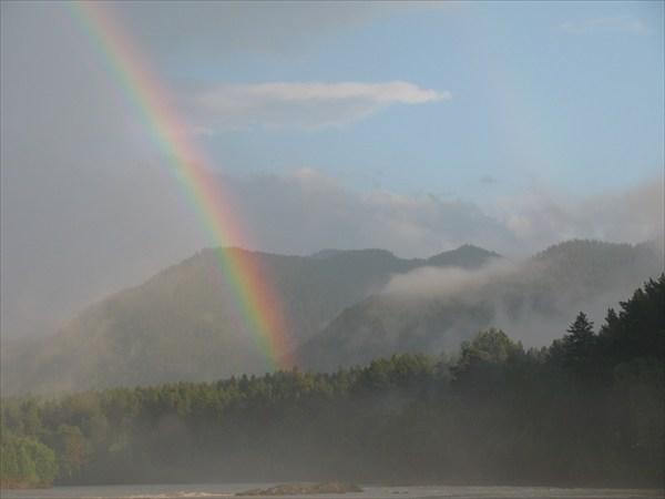 Чтобы увидеть радугу, нужно пережить дождь