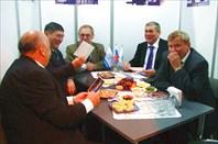 Фото 34. С казахскими партнерами