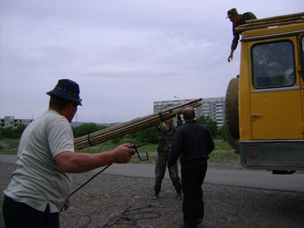 Погрузка на Урал.