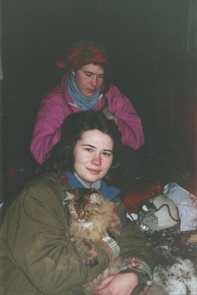 16. Лена, Ирина, Соня