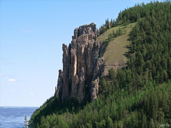 Скалы в районе смотровой площадки