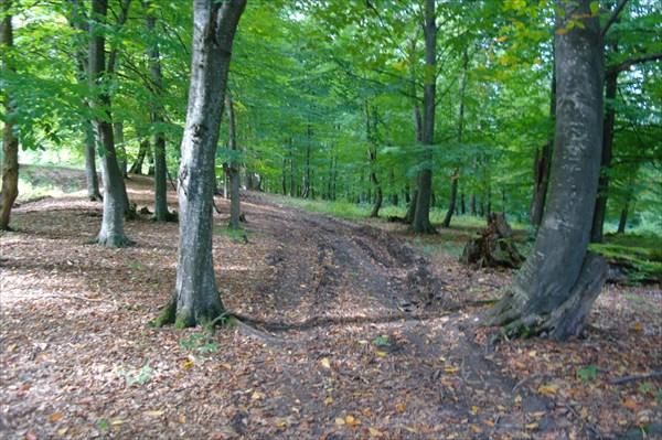 Дорога через хребет Гугарац