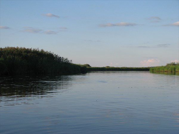 Протока, ведущая к Ивановскому озеру