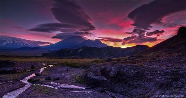 Ключевсая группа вулканов на рассвете