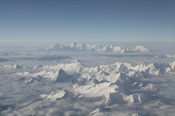 Гималаи среди облаков