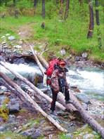 Переход через ручей Ильтускан (кажеться, так называется)