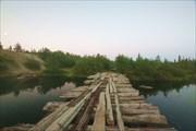 По восточному берегу Умбозера. Автомобильный мост через р. Кица