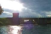 Плотина на Березайке недалеко от оз.Пирс