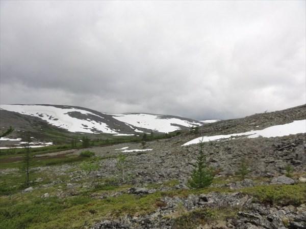 Перевал между Южной Колокольней и Пайдывож