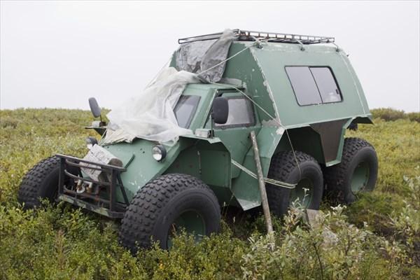 Вездеход на шинах низкого давления арктик-транс