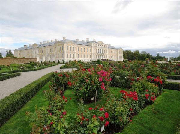 Рундальский дворец 1768 г