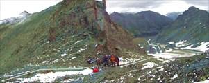 Фото 28. На перевале Кульдора Вост. (вид с юга)