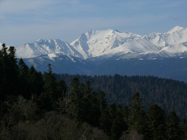 Вид на вершины ГКХ