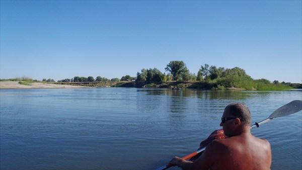 Стрелка протоки Войченок и реки Борисовка.