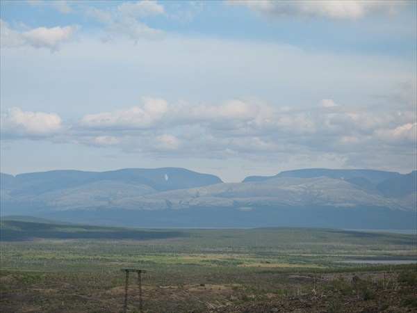 Вид на Хибины с Мурманской трассы