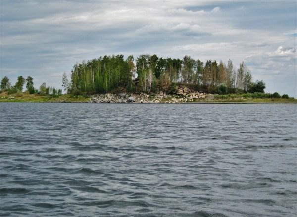Остров.