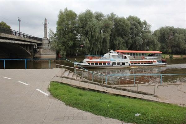 014-Кораблик