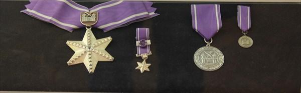 052-Медали