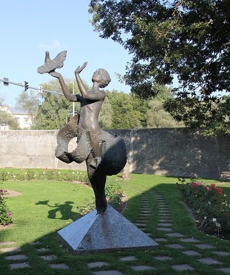 286-Скульптура