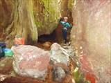 Развилка в пещере на восходящую и нисходящую ветки