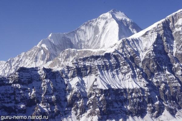 Dhawalagiri(8167 м.) и Tukuche Peak(6920 м.)