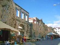 Стены дворца-Дворец Диоклетиана
