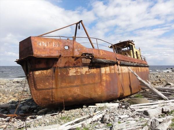 Брошенный корабль