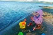 Тая на берегу озера Роторуа
