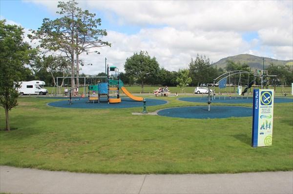 Очередная детская площадка