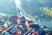 Средневековый замок Мельник