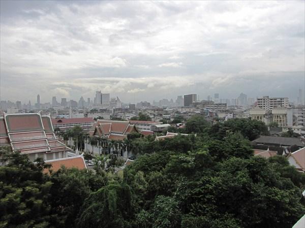 Вид на Бангкок с Золотой горы.