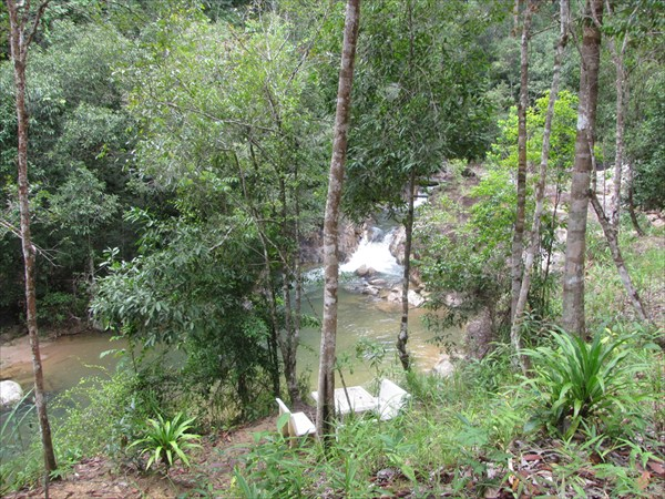провинция Phang-nga. Недалеко от водоапада Sanang Manora