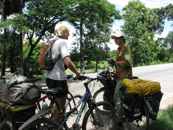 Снежанна, тоже велотуристка. Путешествует уже не первый год