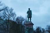 Памятник Йохану Людвигу Рунебергу