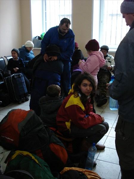 в ожидании электрички Бискамжа-Междуреченск