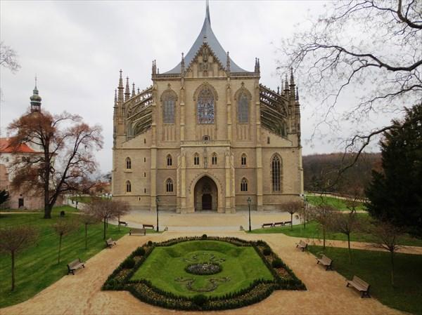 Собор Святой Варвары 1388—1558