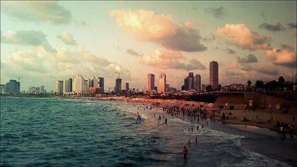 Старый Яффо, вид на Тель-Авив 21 века. Никакой границы.