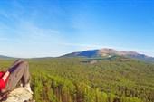 Вид на горы Нургуш со сколнов горы Лукаш