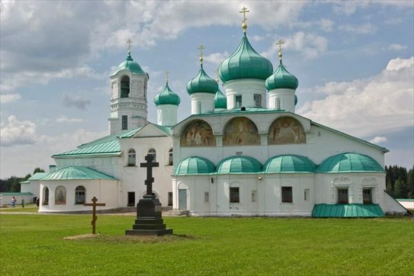 Свирьский мужской монастырь