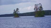 Островки на входе в залив