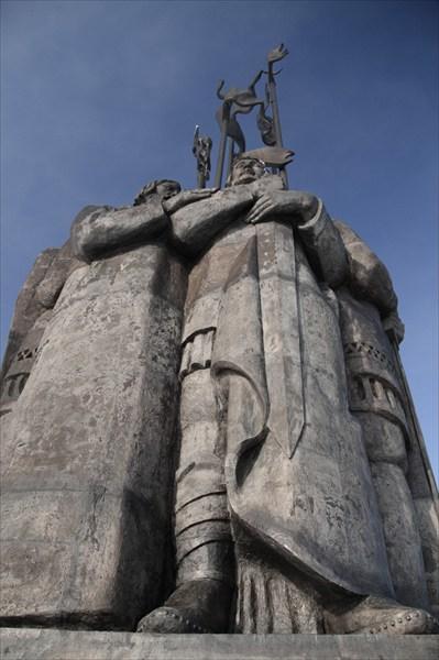 Памятник дружинам А. Невского