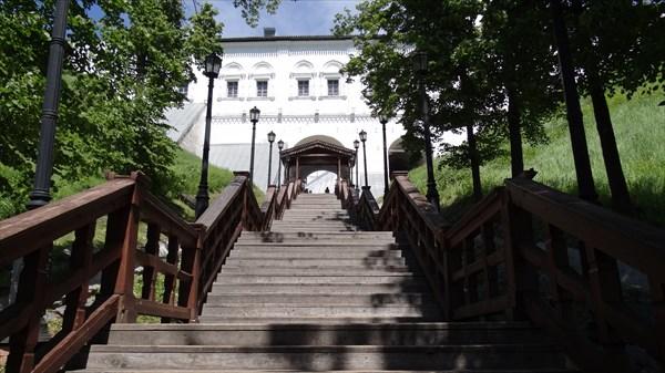 Вход в Кремль от Иртыша