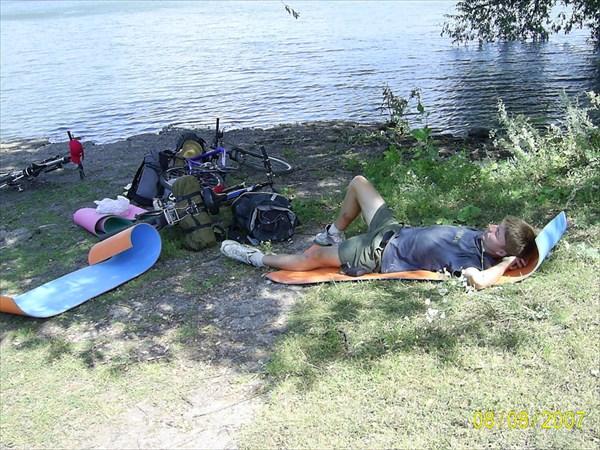 Привал, он же обед возле села Октябрьское (Оренбургской области)