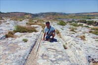 Каменные колеи Cart Ruts на плато Naxxar - Мальта