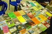 Стол книг